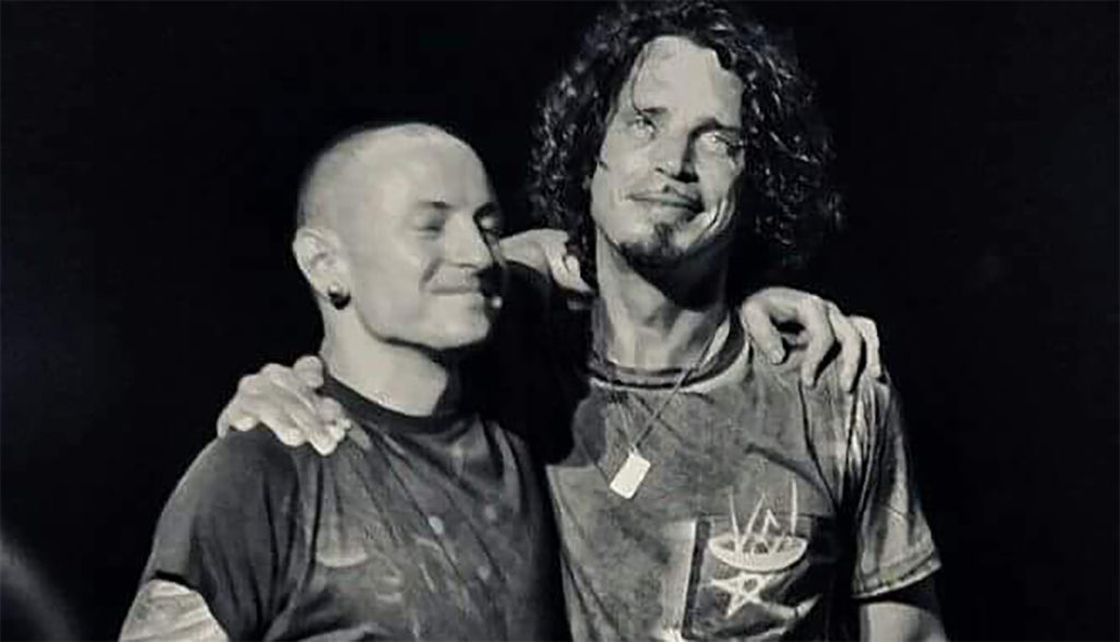 Image of Chris Cornell & Chester Bennington together on stage